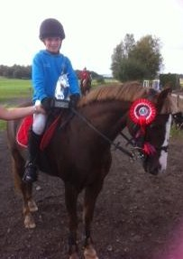 Emma Woods and Frisky Showjumping Winners